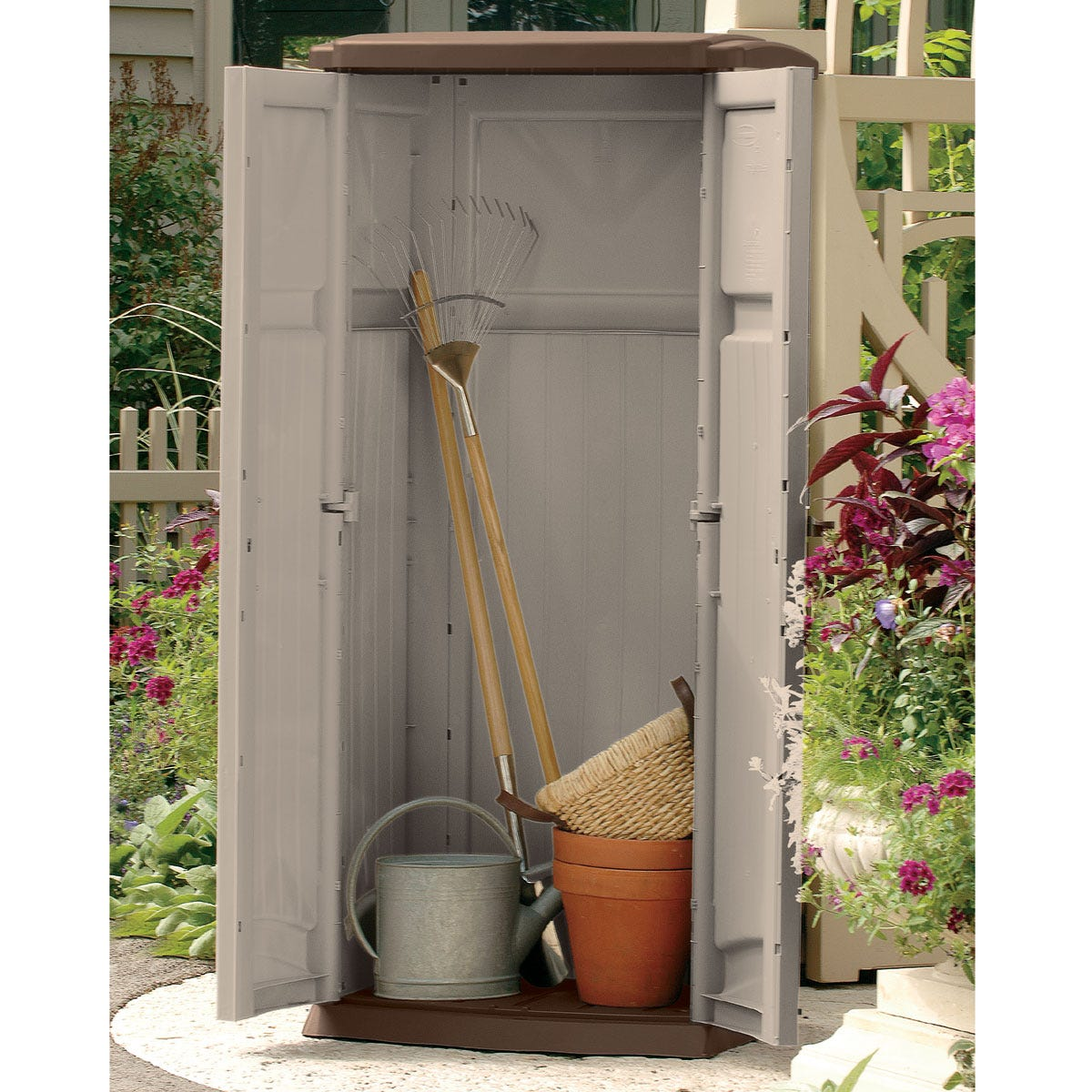 Garden tool shed from sporty 39 s tool shop for Garden shed january sale