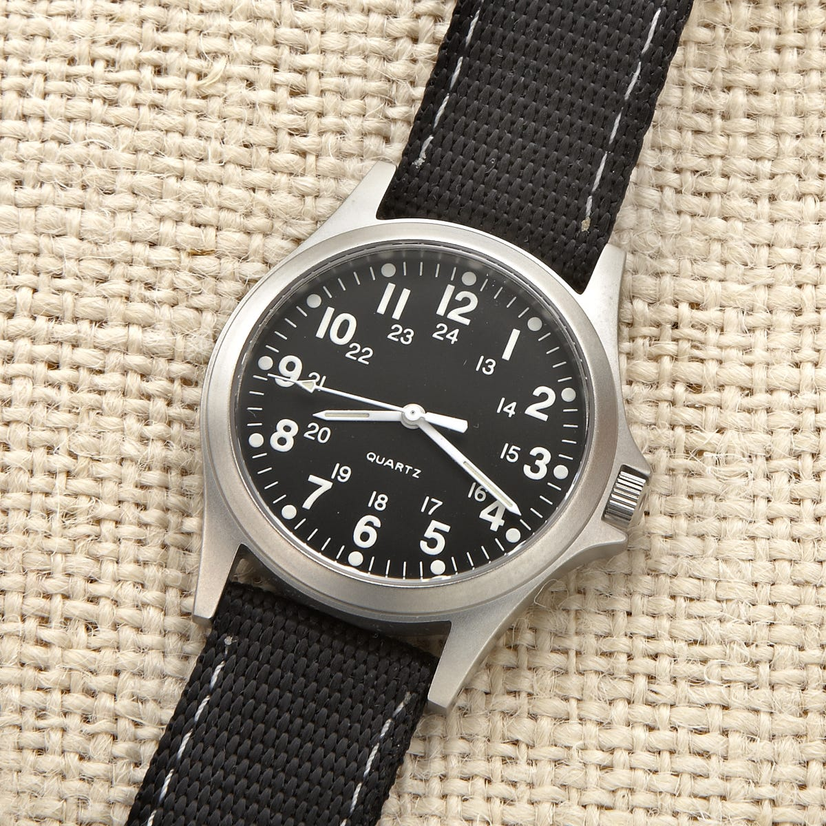 rugged wwii military watch (black band)