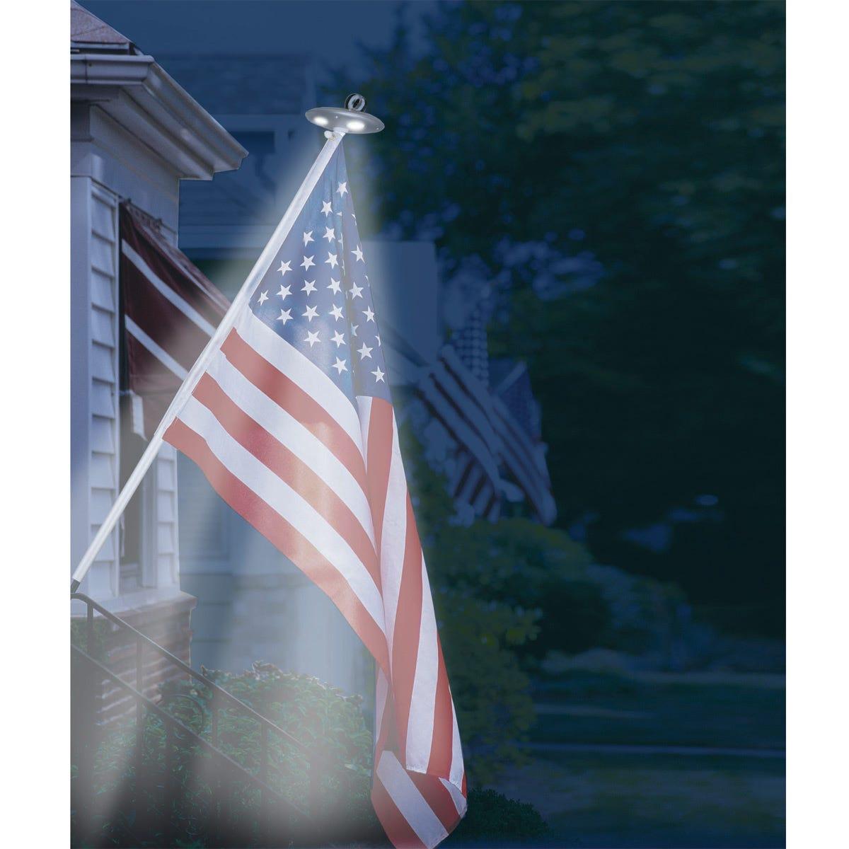 Solar Residential Flagpole Light From Sportys Preferred