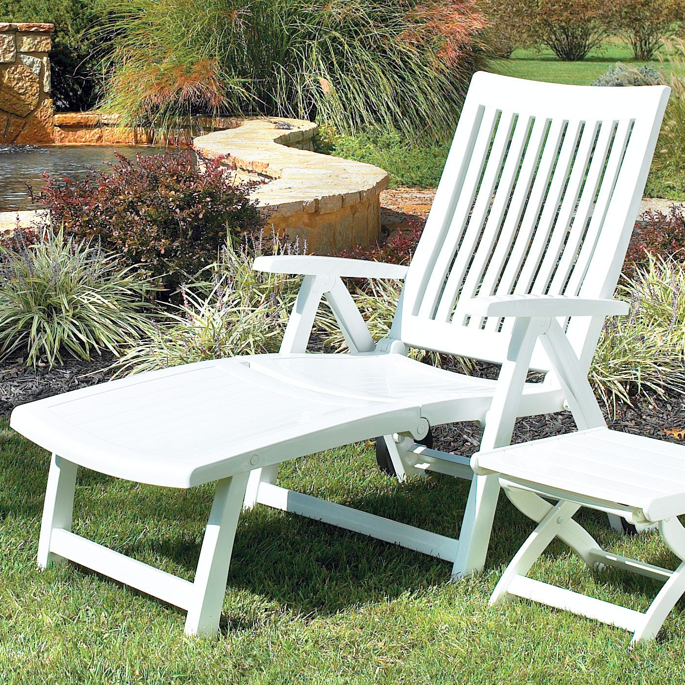Kettler chaise lounge standard for Chaise kettler blanche