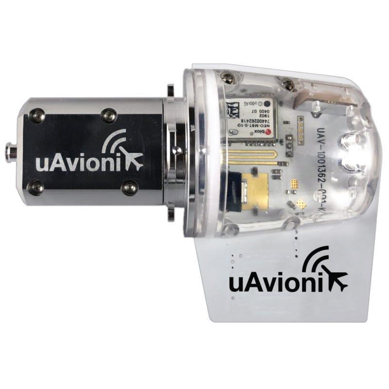 uAvionix tailBeacon