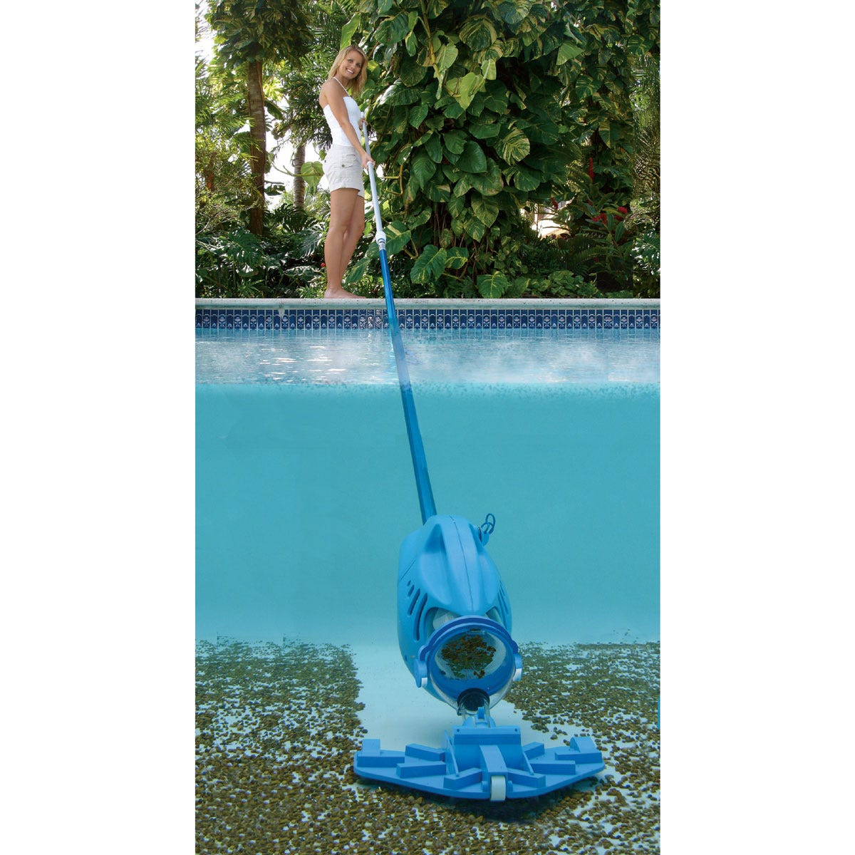 Pool blaster hoseless vacuum cleaner from sporty 39 s pilot shop for Vacuum cleaner for swimming pool