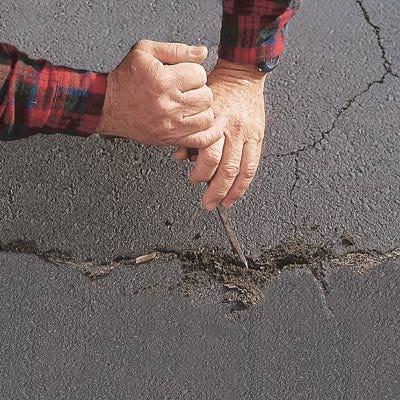Liquid driveway crack filler