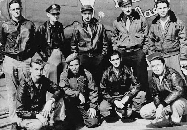 WWII flight crew