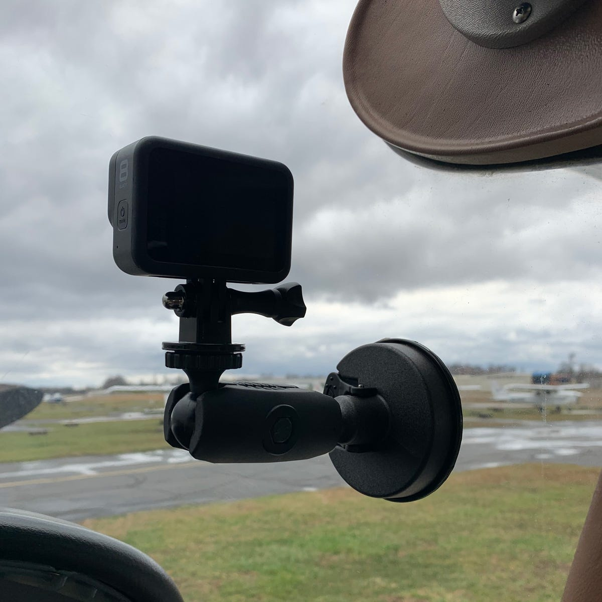 Robust GoPro suction cup mount